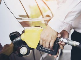 The Low Oil Price Will Not Immediately Cut Down the Fuel Price